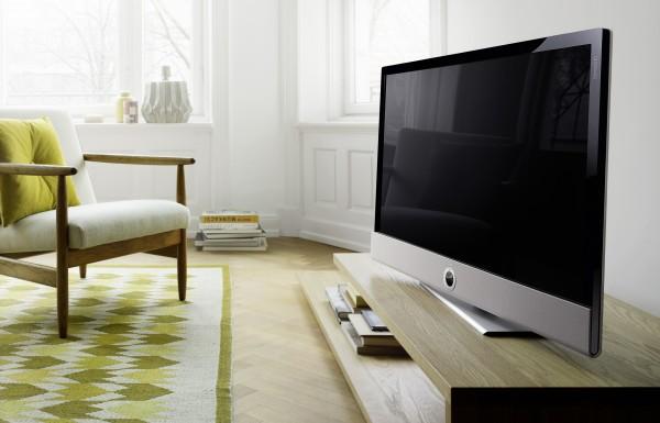 loewe met de la couleur dans votre salon blog cobra. Black Bedroom Furniture Sets. Home Design Ideas