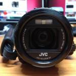 JVC GC-PX100 – Zoom optique x10