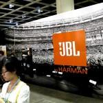 JBL s'affiche au AV Show HK 2013 (source : Audiotechnique magazine)