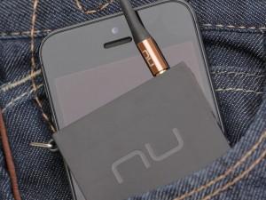 L'ampli casque NuFroce MMP se glisse facilement dans une poche !