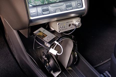 Qui a besoin d'installer un ampli casque dans sa voiture ?? Mais ça reste possible avec l'alim optionnelle