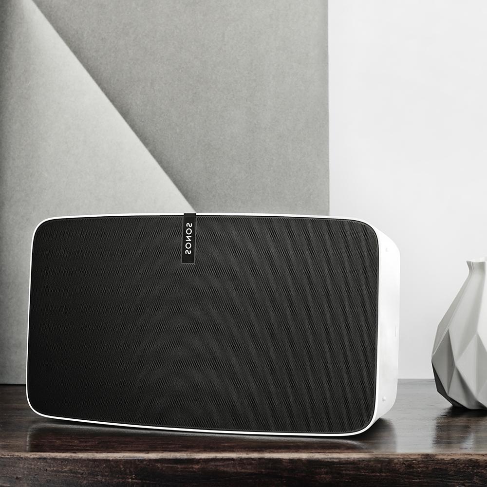 La nouvelle enceinte multiroom Sonos Play:5 en séduira plus d'un !
