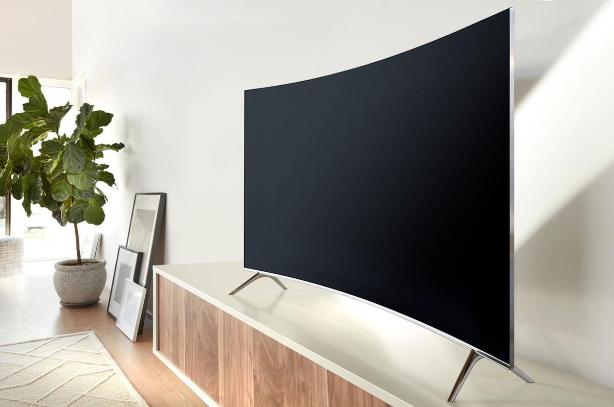 Prises HDMI 2.0a, décodeur HEVC et accès réseau débridé - Samsung KS7500
