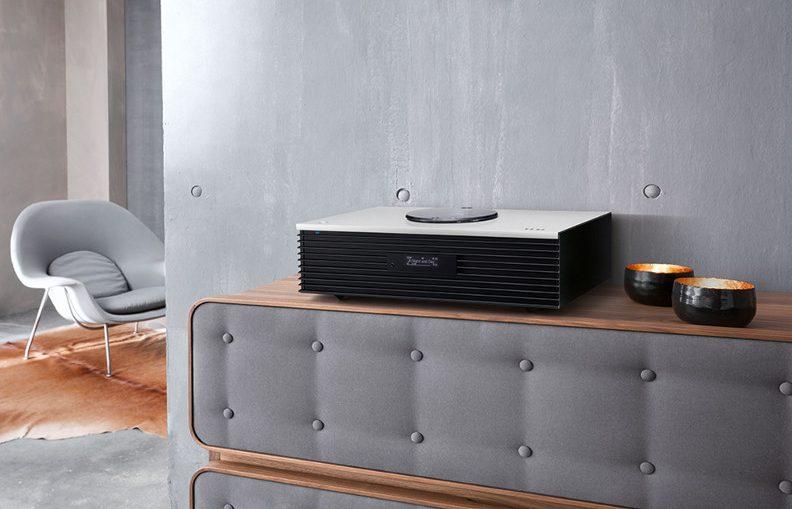 haute fid lit blog cobra. Black Bedroom Furniture Sets. Home Design Ideas