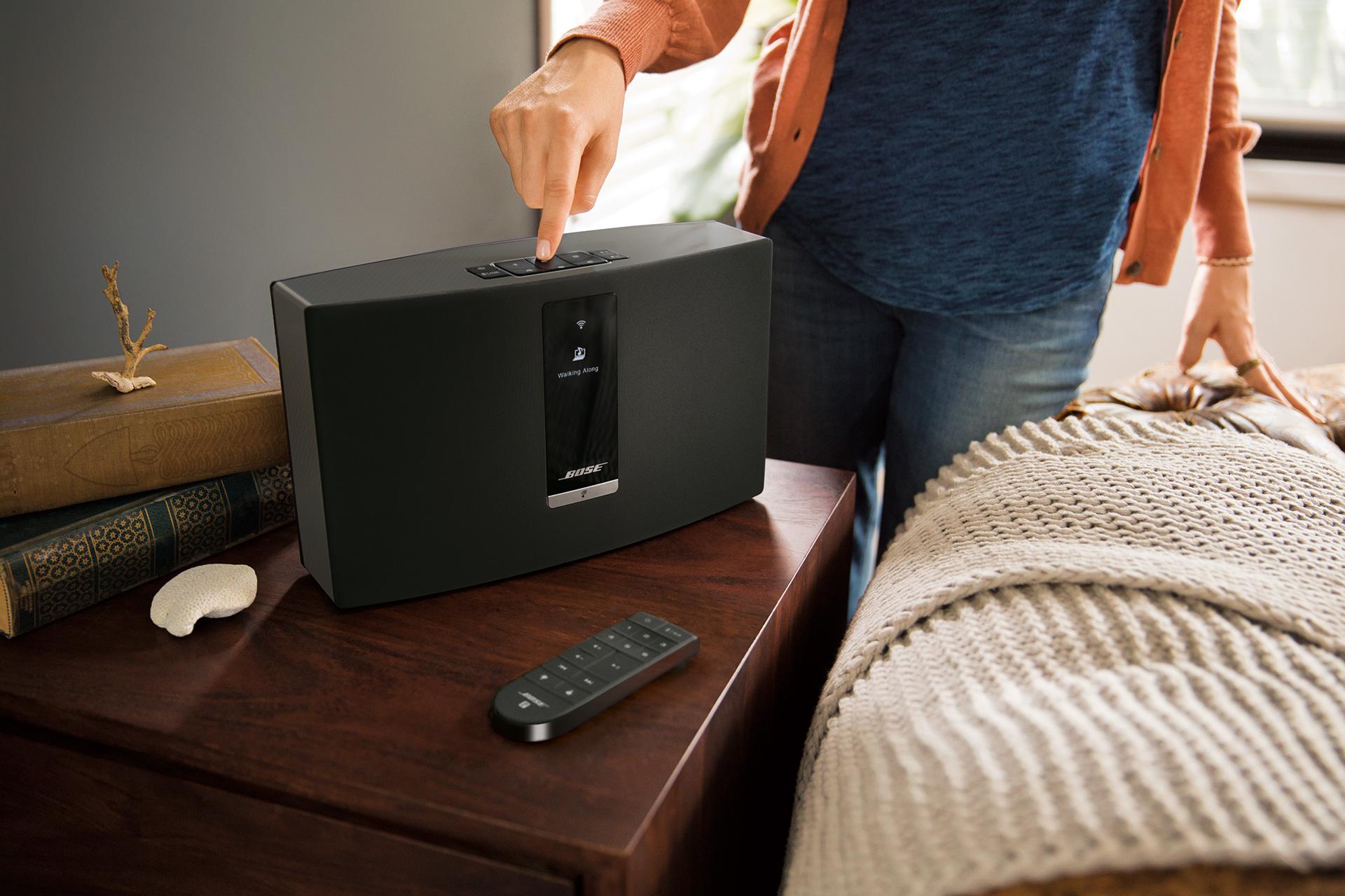 les enceintes sans fil multiroom bose soundtouch 10 20. Black Bedroom Furniture Sets. Home Design Ideas