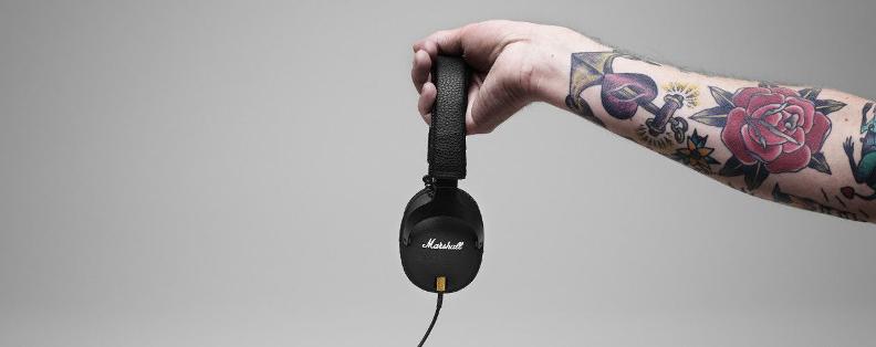 Un casque audio filaire