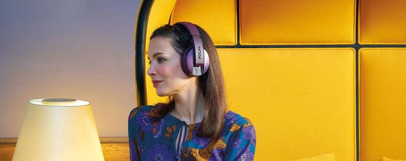 Un casque Bluetooth Focal