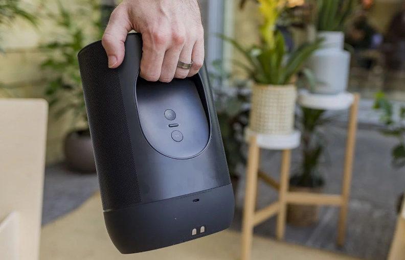 Sonos Move - Espace de poignée concave à l'arrière pour faciliter le transport