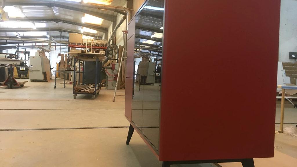 Le meuble du Jukebox moderne est fabriqué artisanalement
