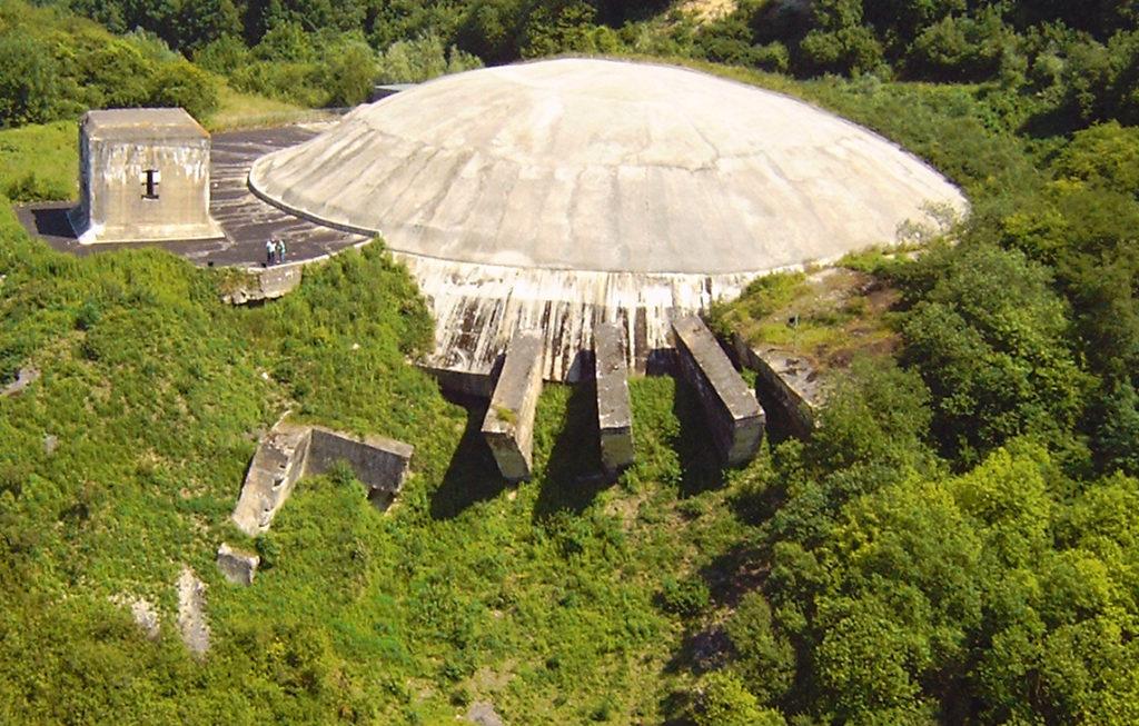 La Coupole d'Helfault abrite le premier Planétarium 10K 3D au monde.